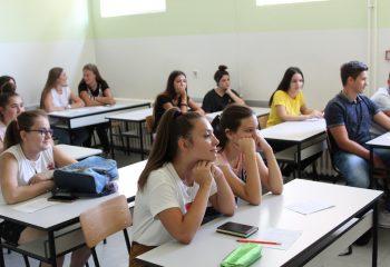 Medicinska škola Hipokrat.08